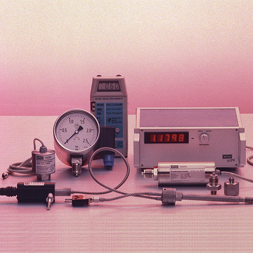 Electronic pressure measuring instruments are marketed